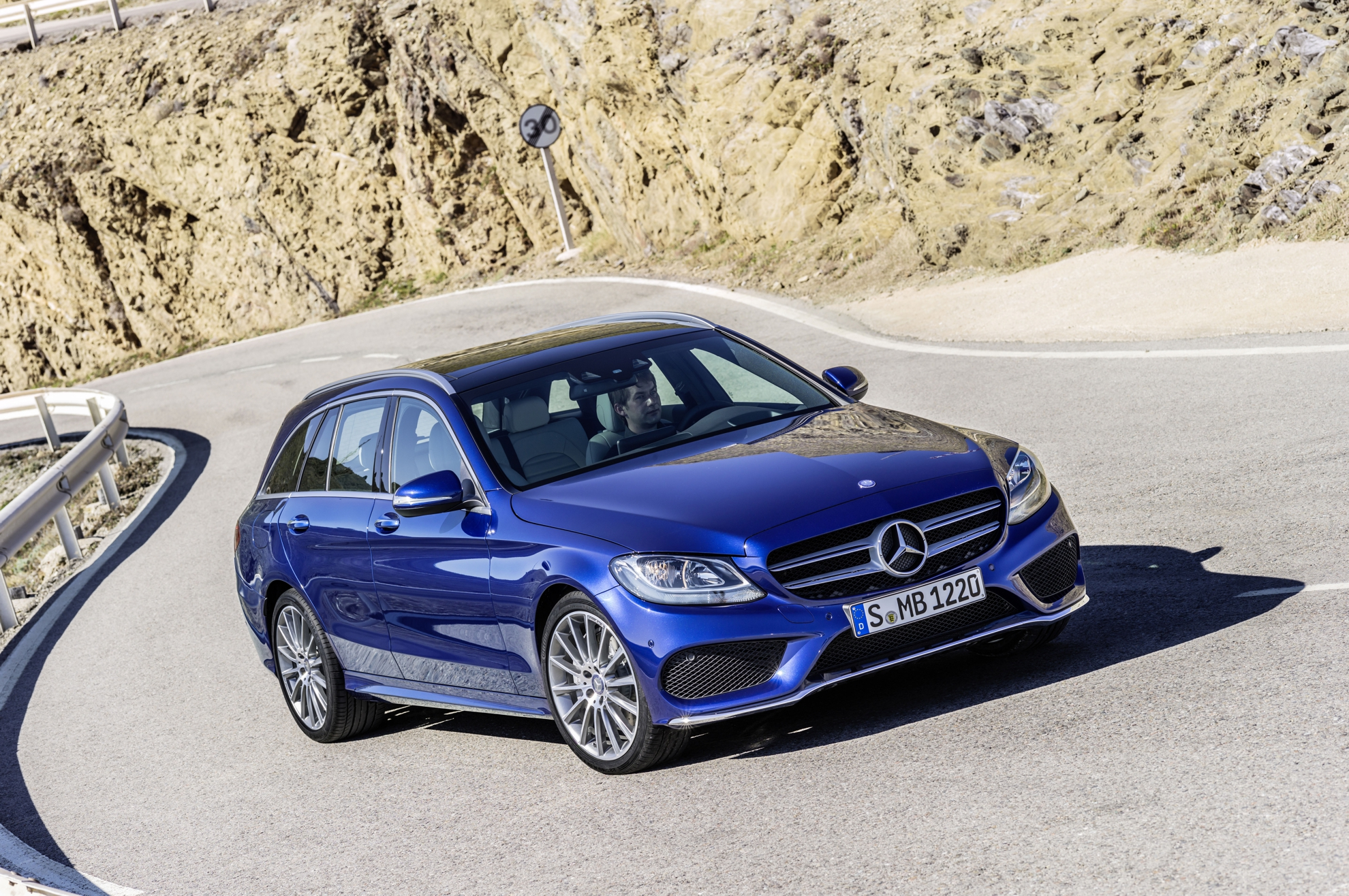Mercedes-Benz-Estate-C-Class-2014