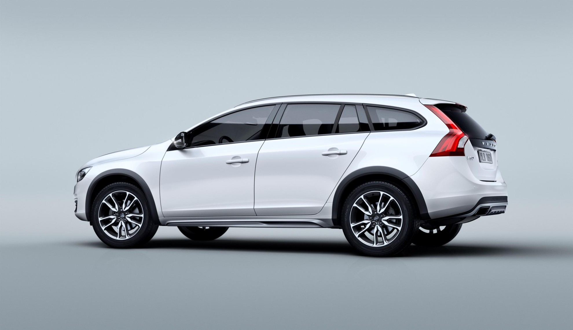 Volvo_V60_Cross_Country-6