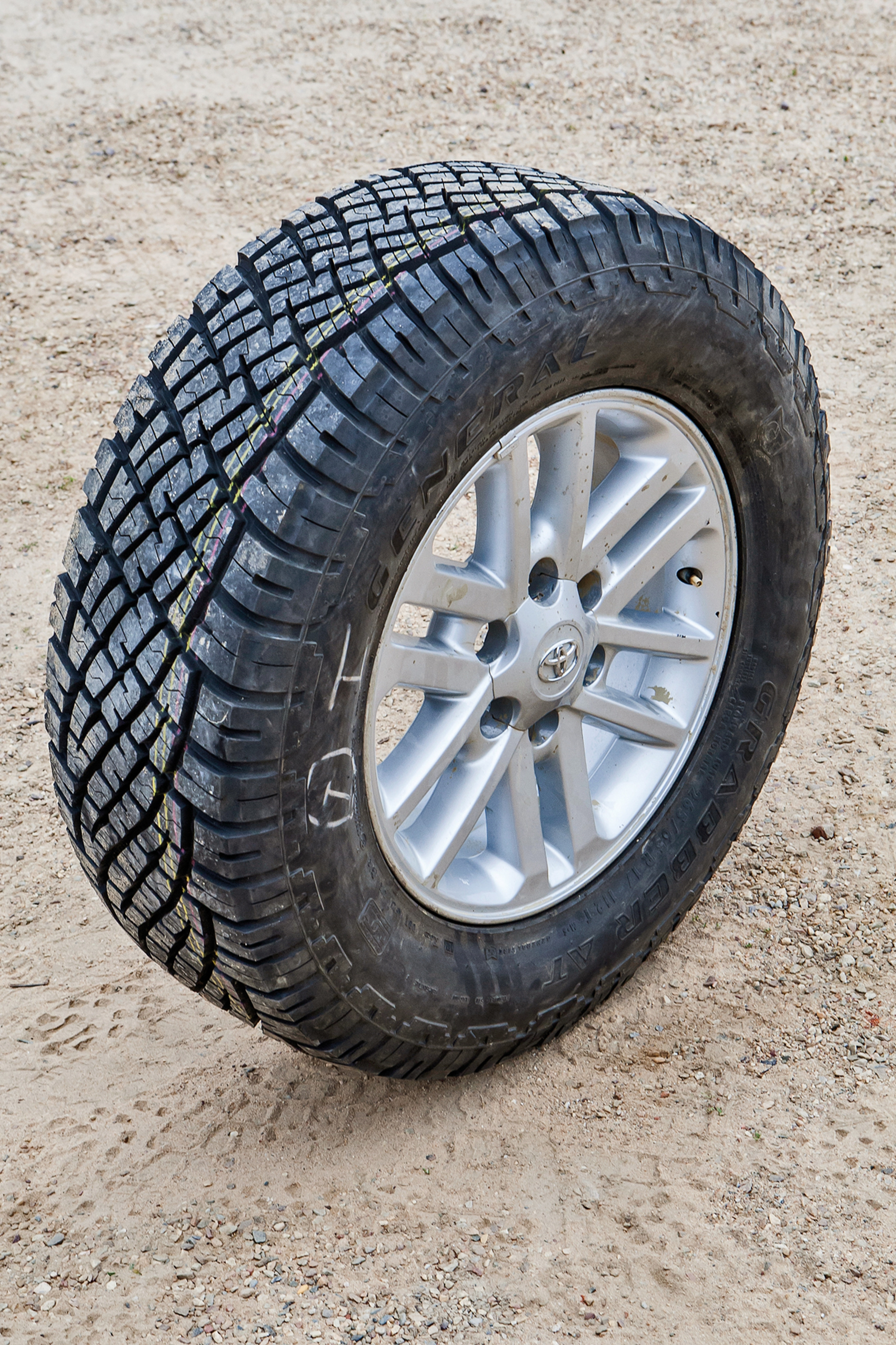General-AT-Grabber-4x4-Tire