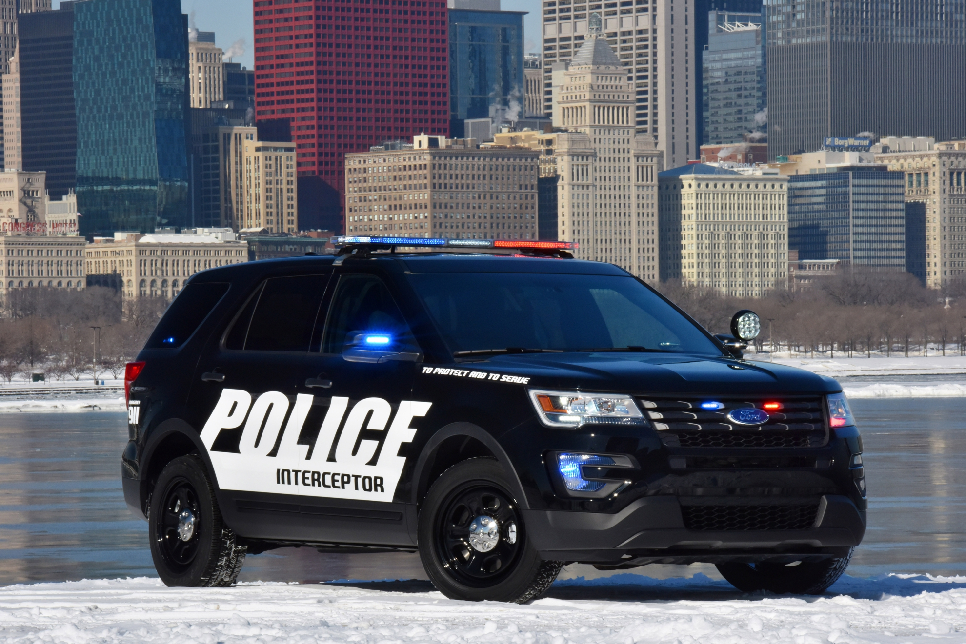 ford police interceptor debuts at chicago auto show. Black Bedroom Furniture Sets. Home Design Ideas