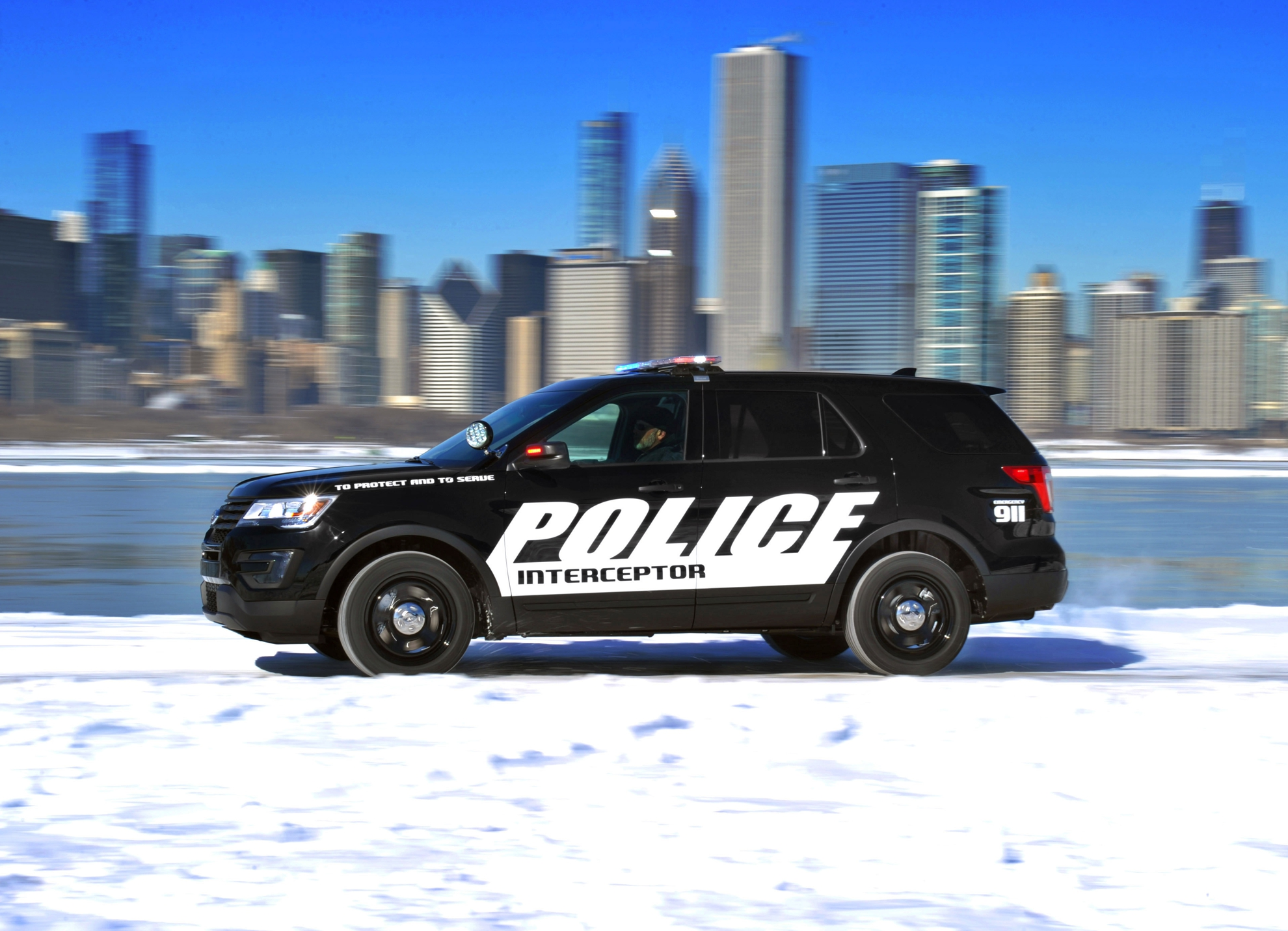 Ford-Police-Interceptor-Chicago-Auto-Show