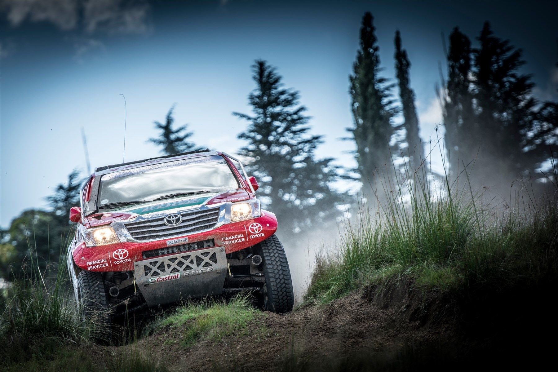 Anthony-Taylor-and-Dennis-Murphy-Toyota-Hilux-RFS-Endurance-Off-Road