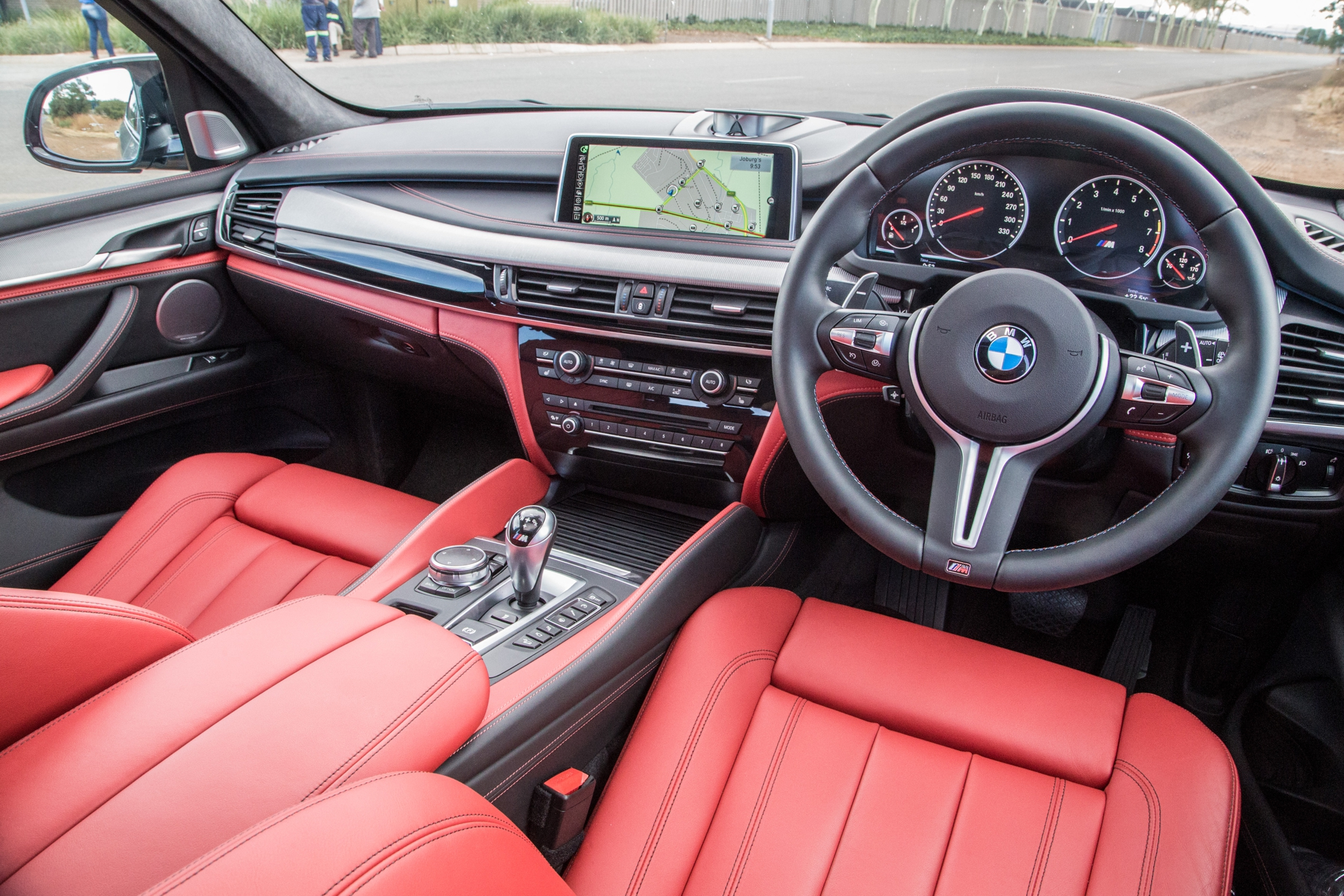 Bmw x5 m now available in south africa for Bmw x5 interior