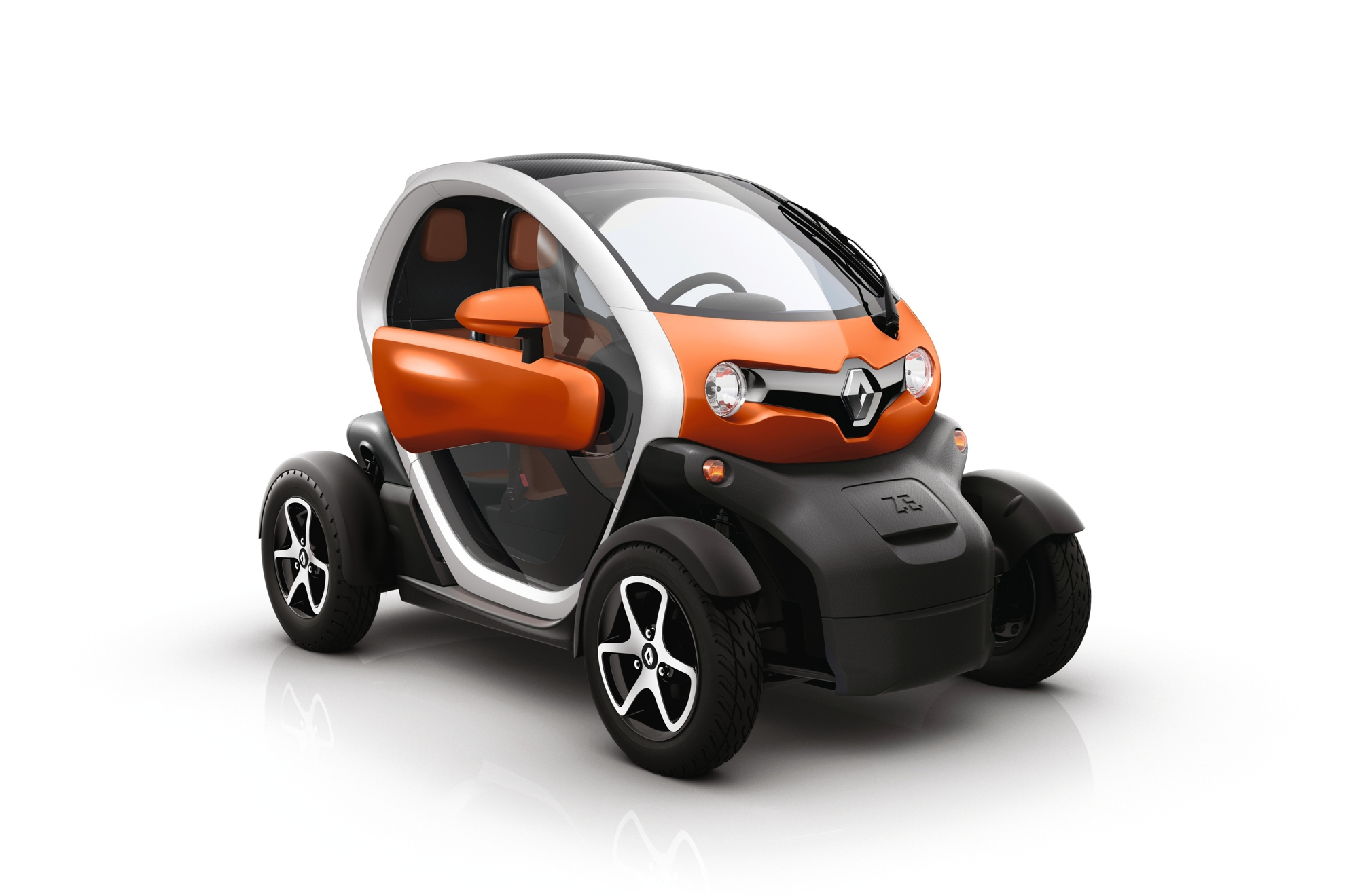 renault twizy 45 now accessible from the age of 14. Black Bedroom Furniture Sets. Home Design Ideas