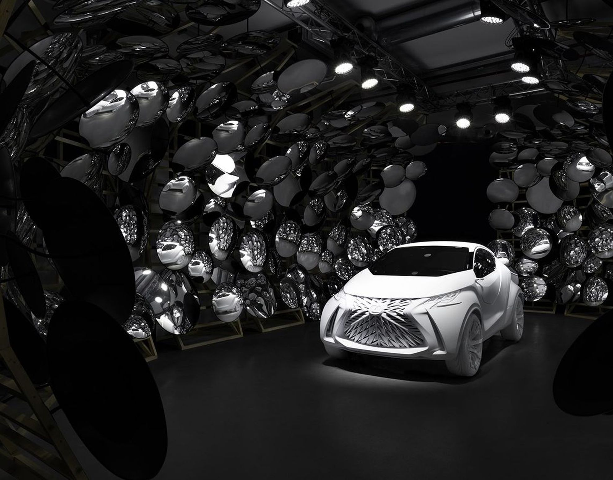 clothing-design-wins-grand-prix-honour-in-2015-lexus-design-award-1