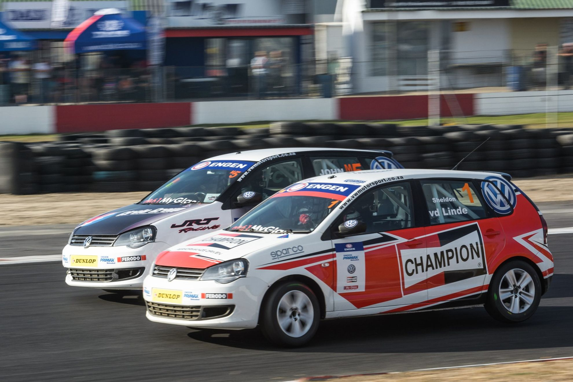 Engen-Volkswagen-Cup-championship-packed-with-action-Sheldon-van-der-Linde