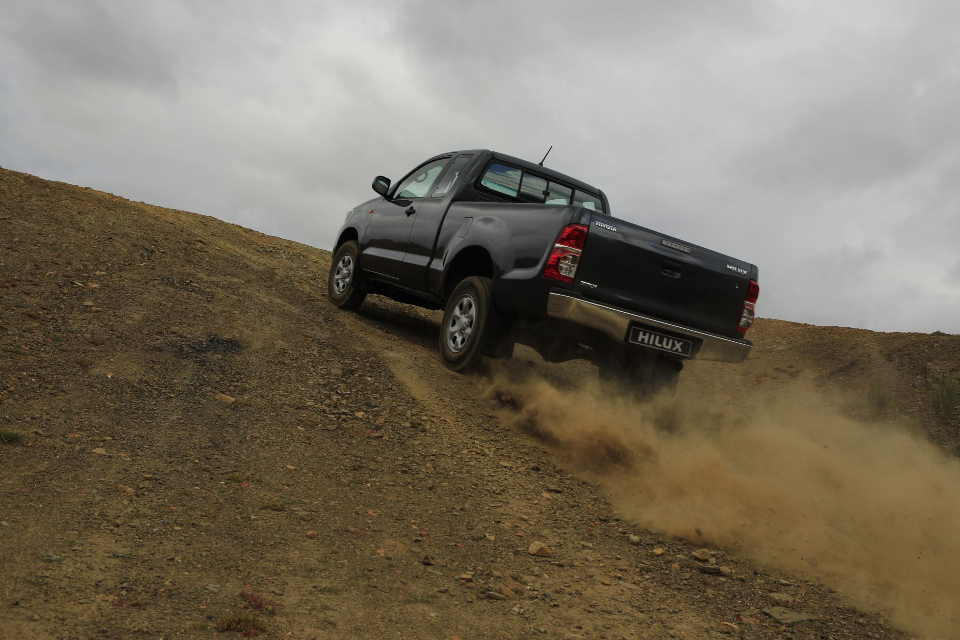 HILUX-PROPELS-TOYOTA-TO-TOP-SPOT