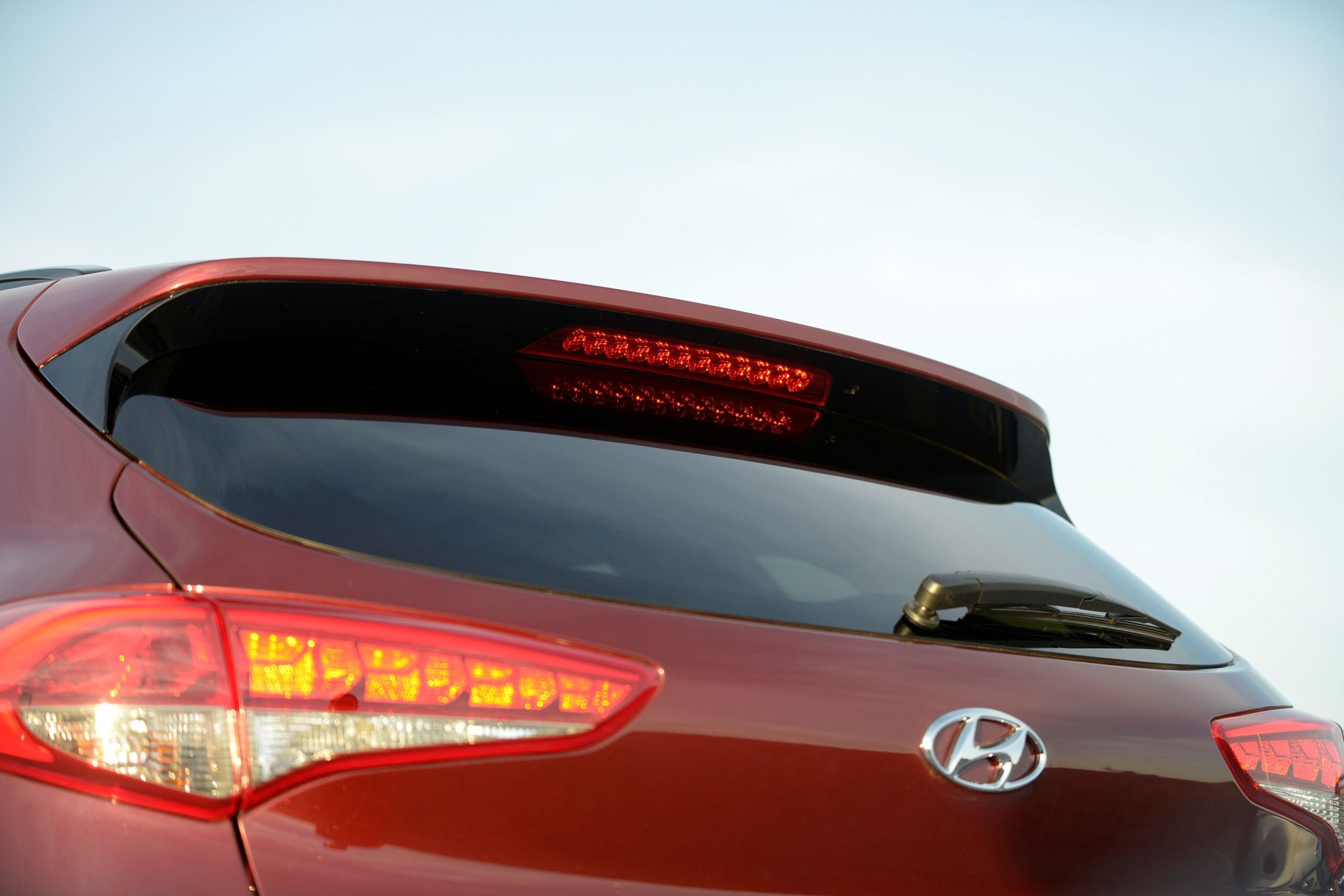 Hyundai-shows-new-Tucson-iX35-at-New-York-International-Auto-Show-rear