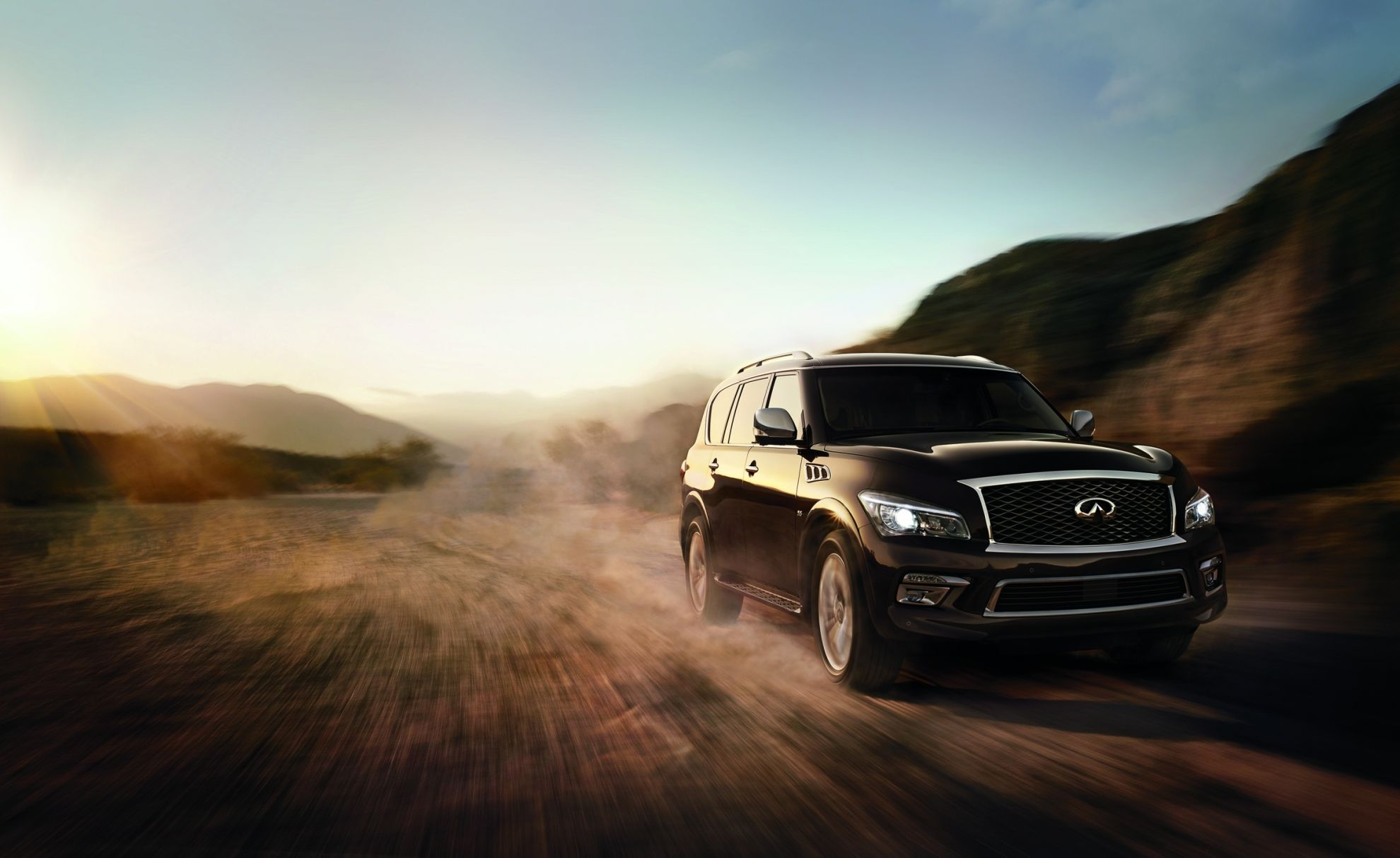 Infiniti-QX80---First-Class-Luxury-Every-Day