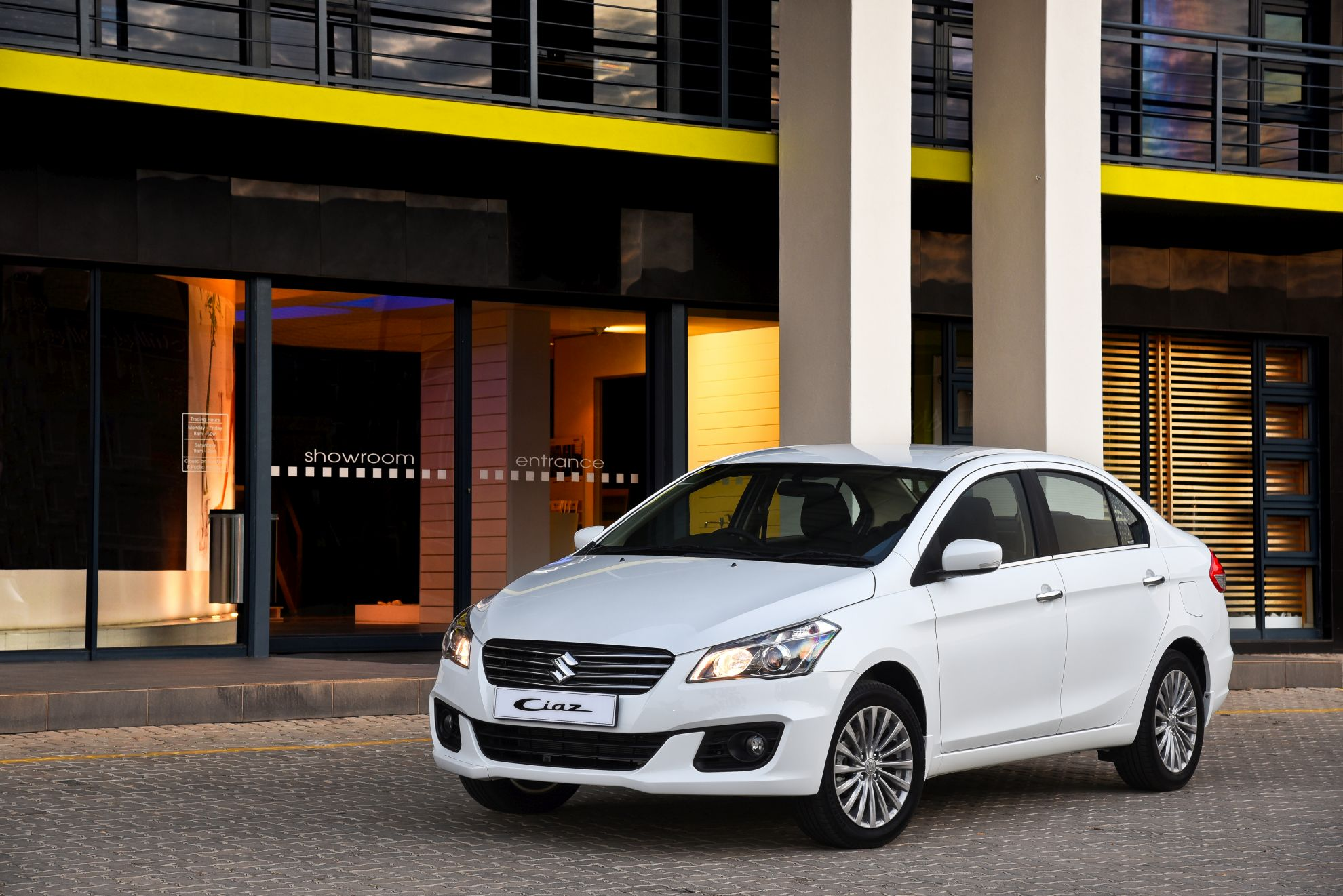 NEW-SUZUKI-CIAZ-IN-SOUTH-AFRICA-main