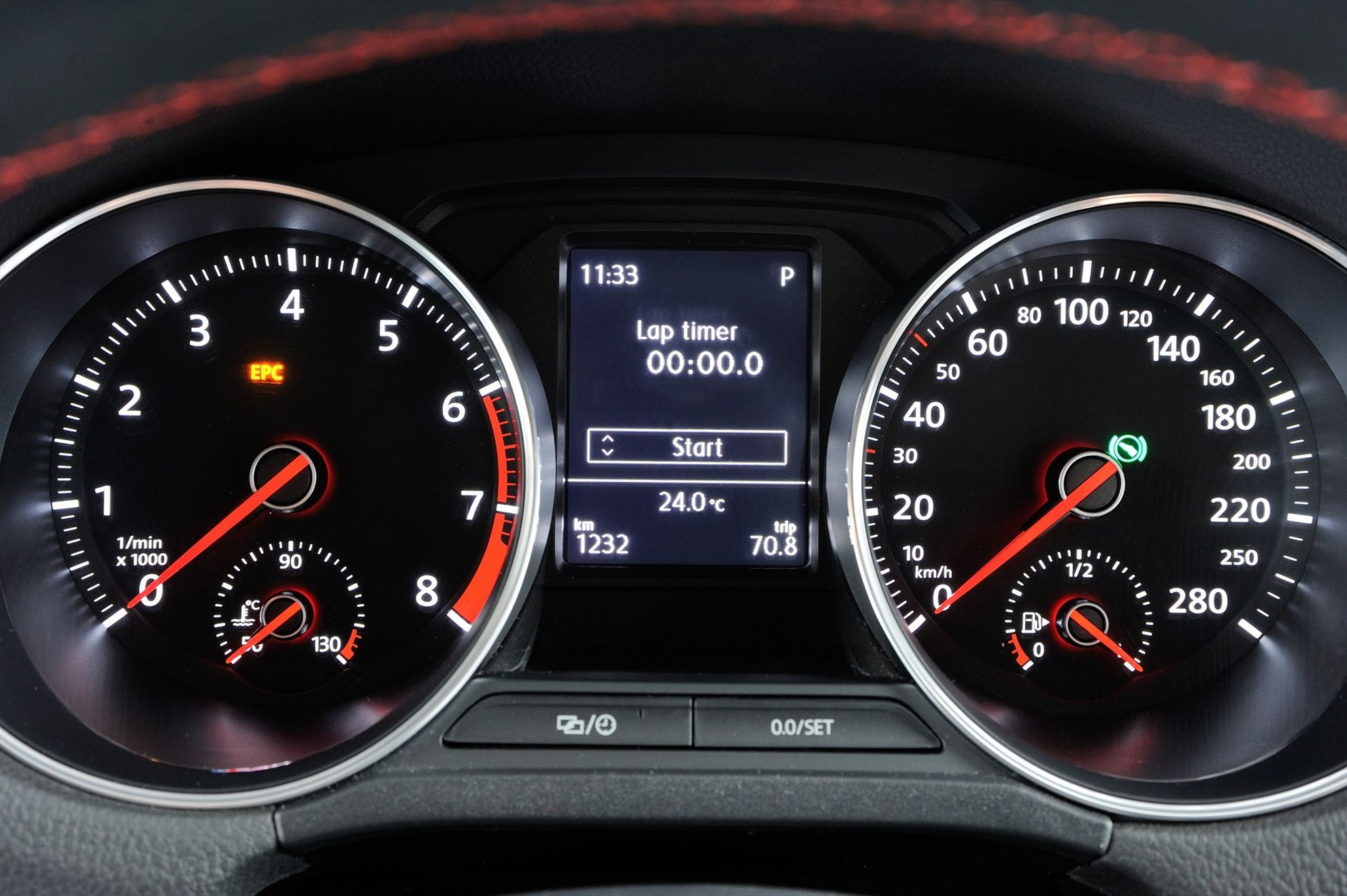 The-New-Volkswagen-Polo-GTI-in-South-Africa-instruments
