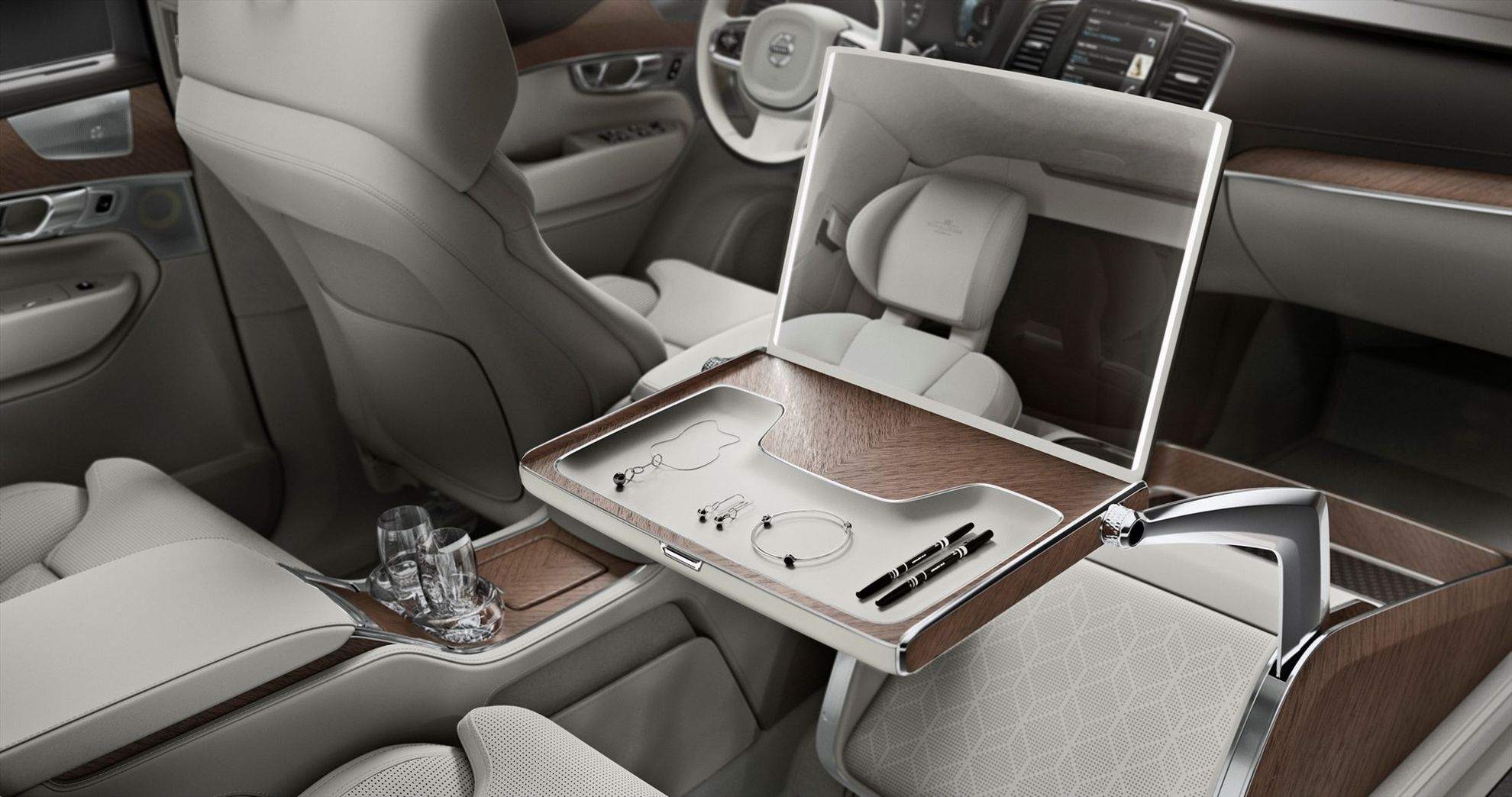 Volvo-Cars-takes-luxury-to-a-new-level-with-its-Lounge-Console-unveiled-in-Shanghai-3