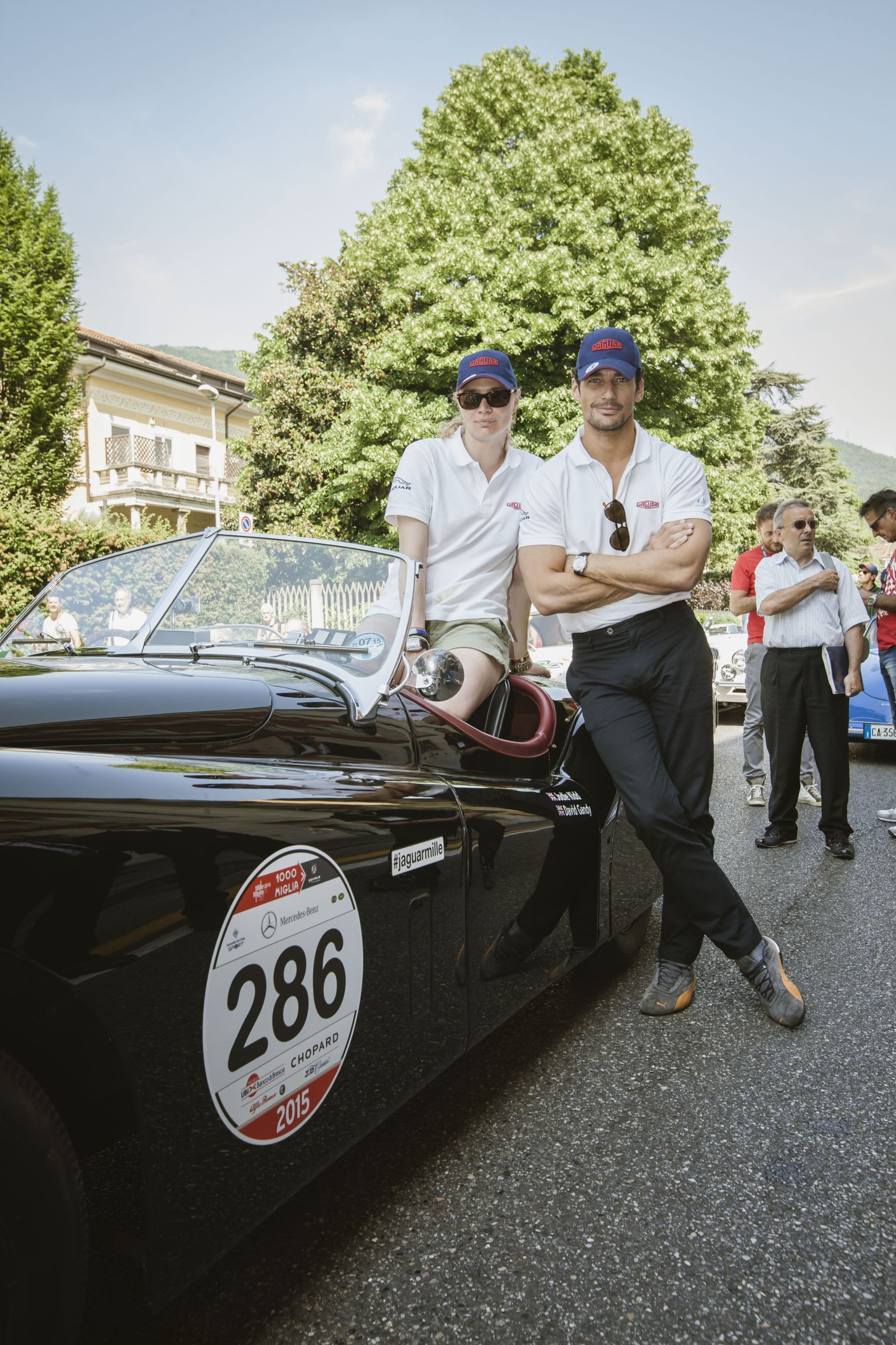 MILLE-MIGLIA-REFLECTIONS-2015-JAGUARMILLE-TEAM-ON-FILM