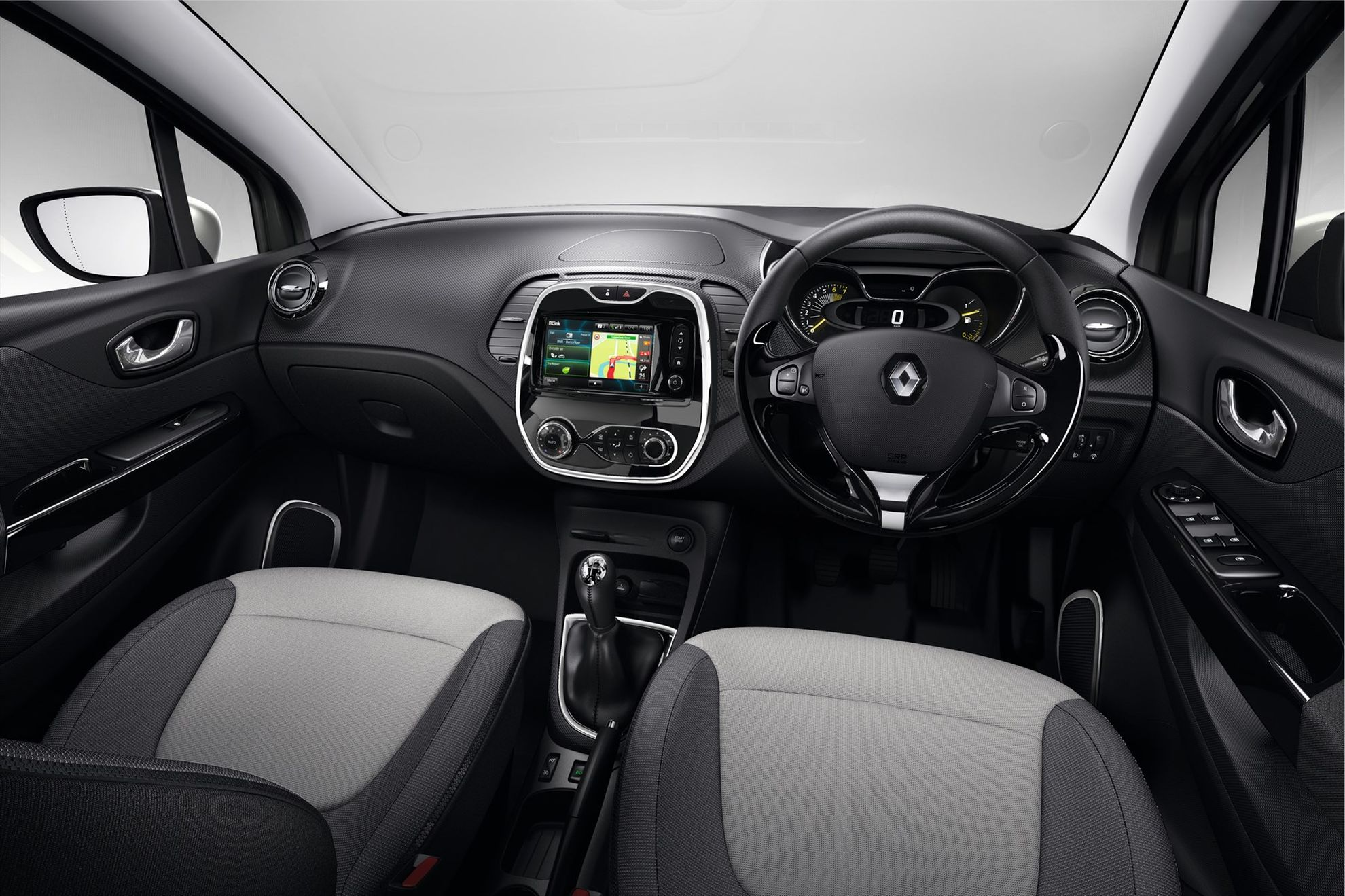 Renault-geared-to-CAPTUR-the-crossover-market-in-South-Africa-interior