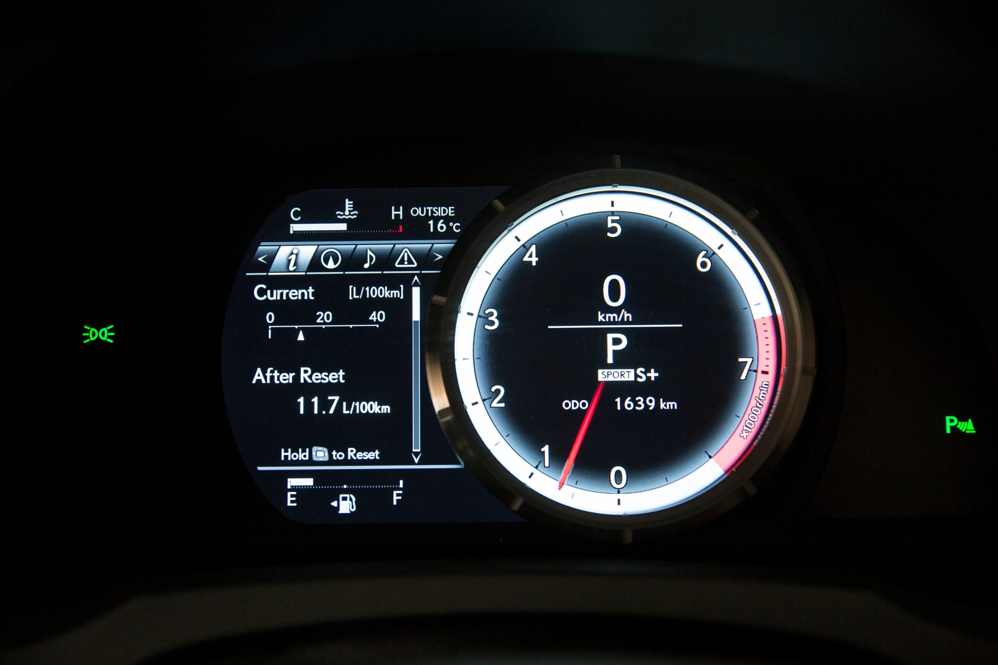 Lexus-RC-350-Dashboard
