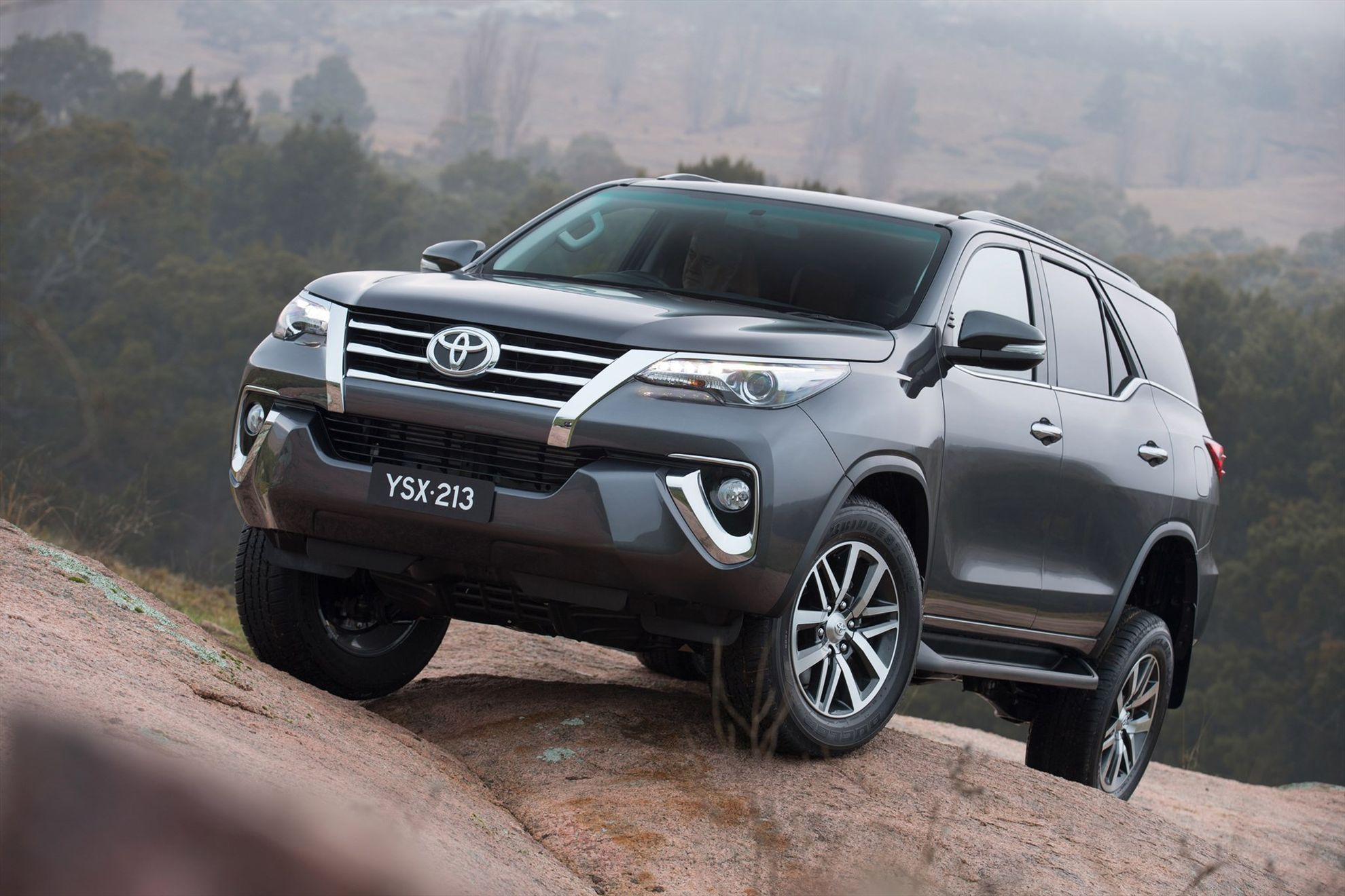 The-all-new-bolder-Toyota-Fortuner-bows-in