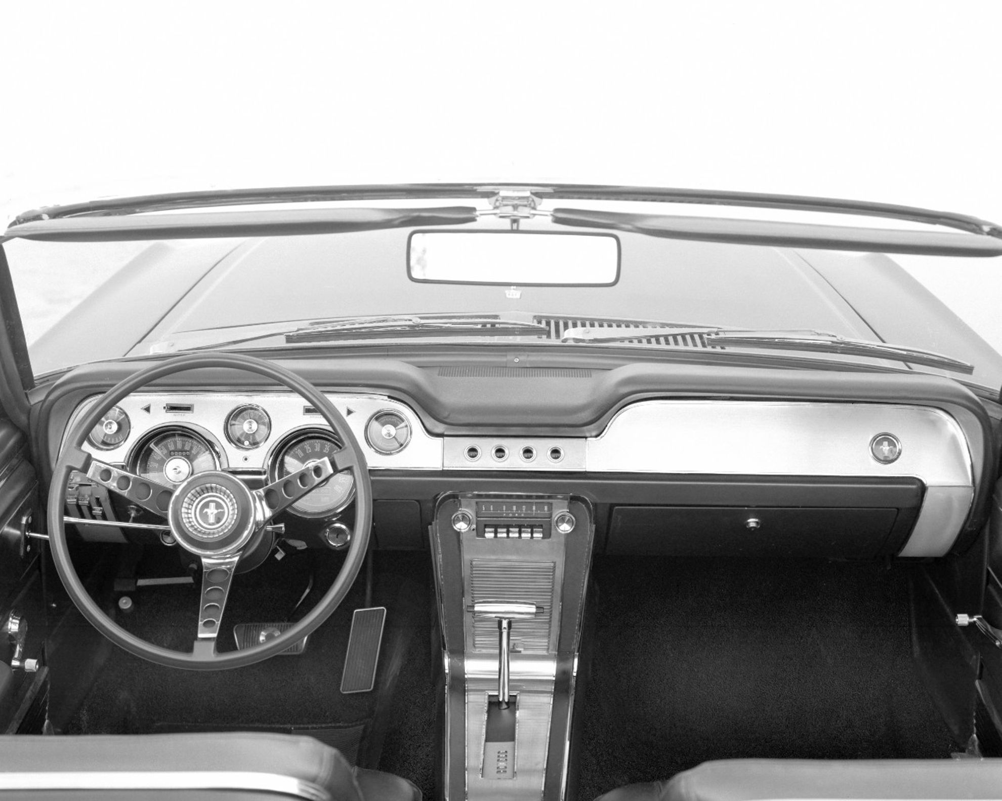 1967-Ford-Mustang-instrument-panel