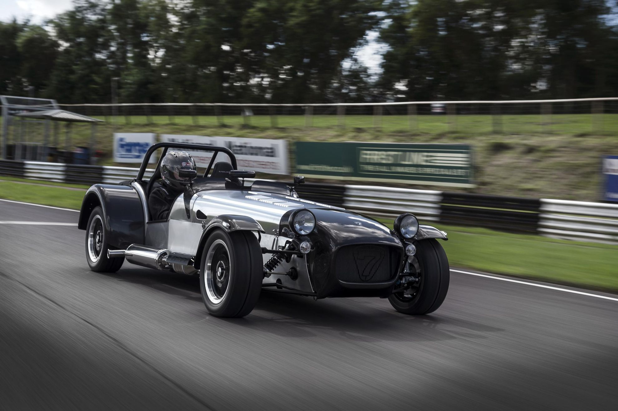 Caterham-Superlight