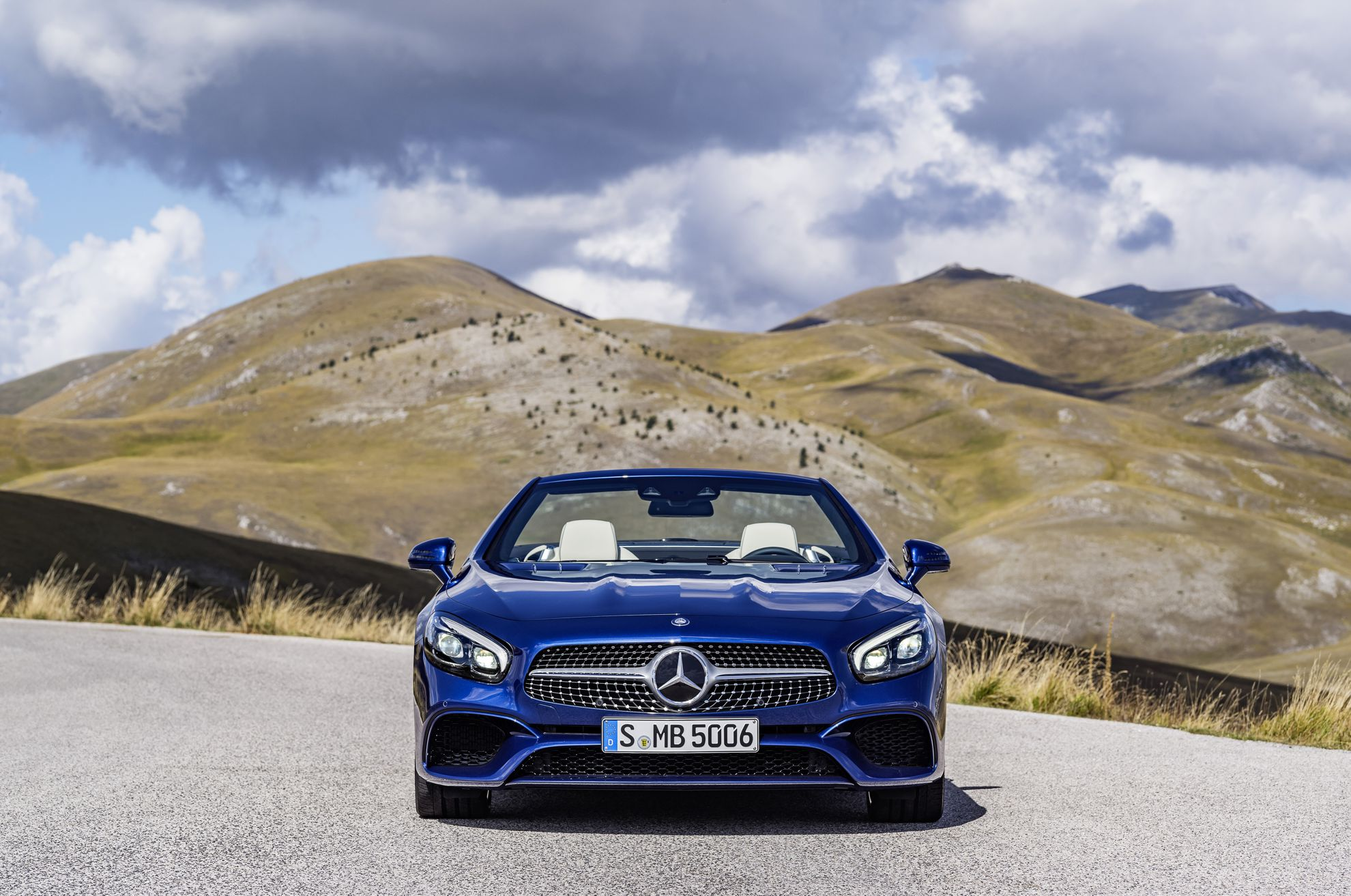 Mercedes-Benz-SL-2015