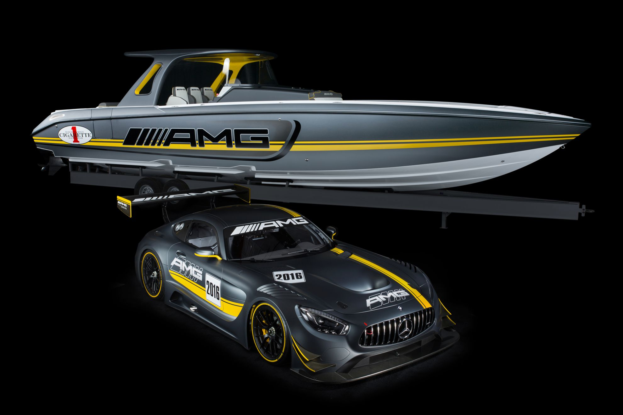 mercedes-benz-amg-power-boat