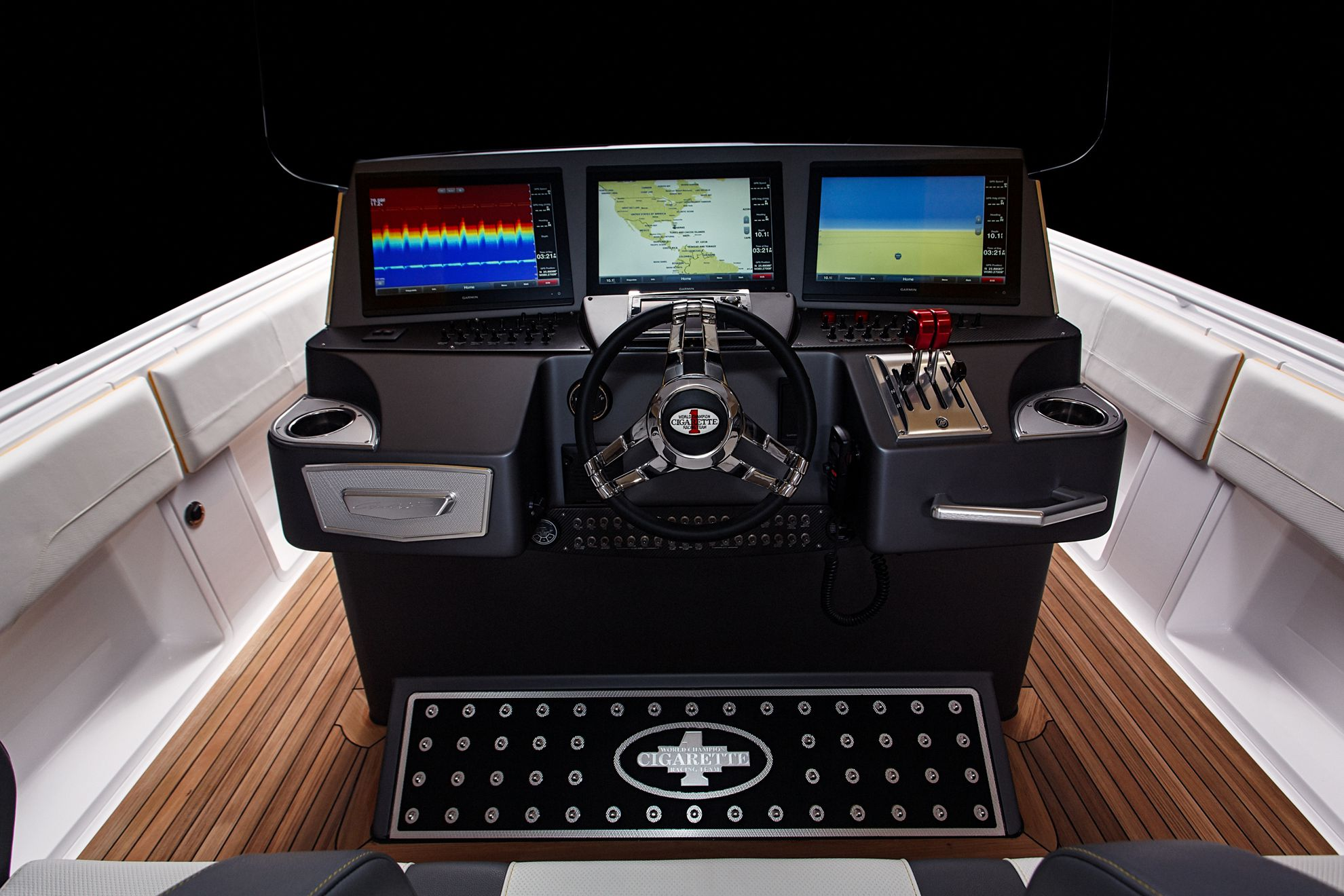 power-boat-controls