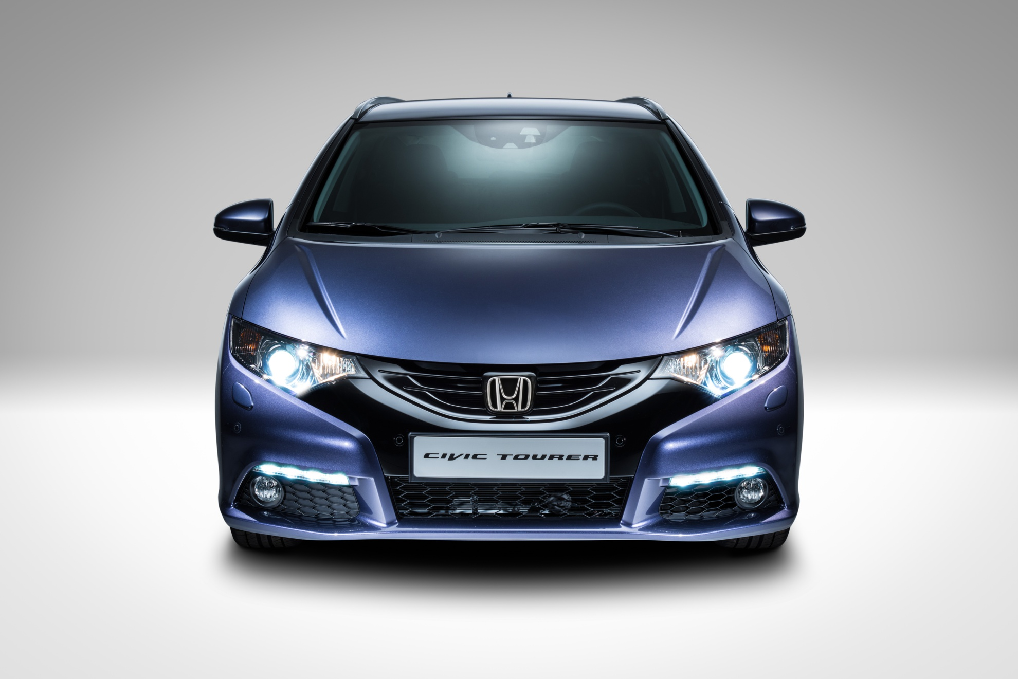Honda-Civic-Tourer-08