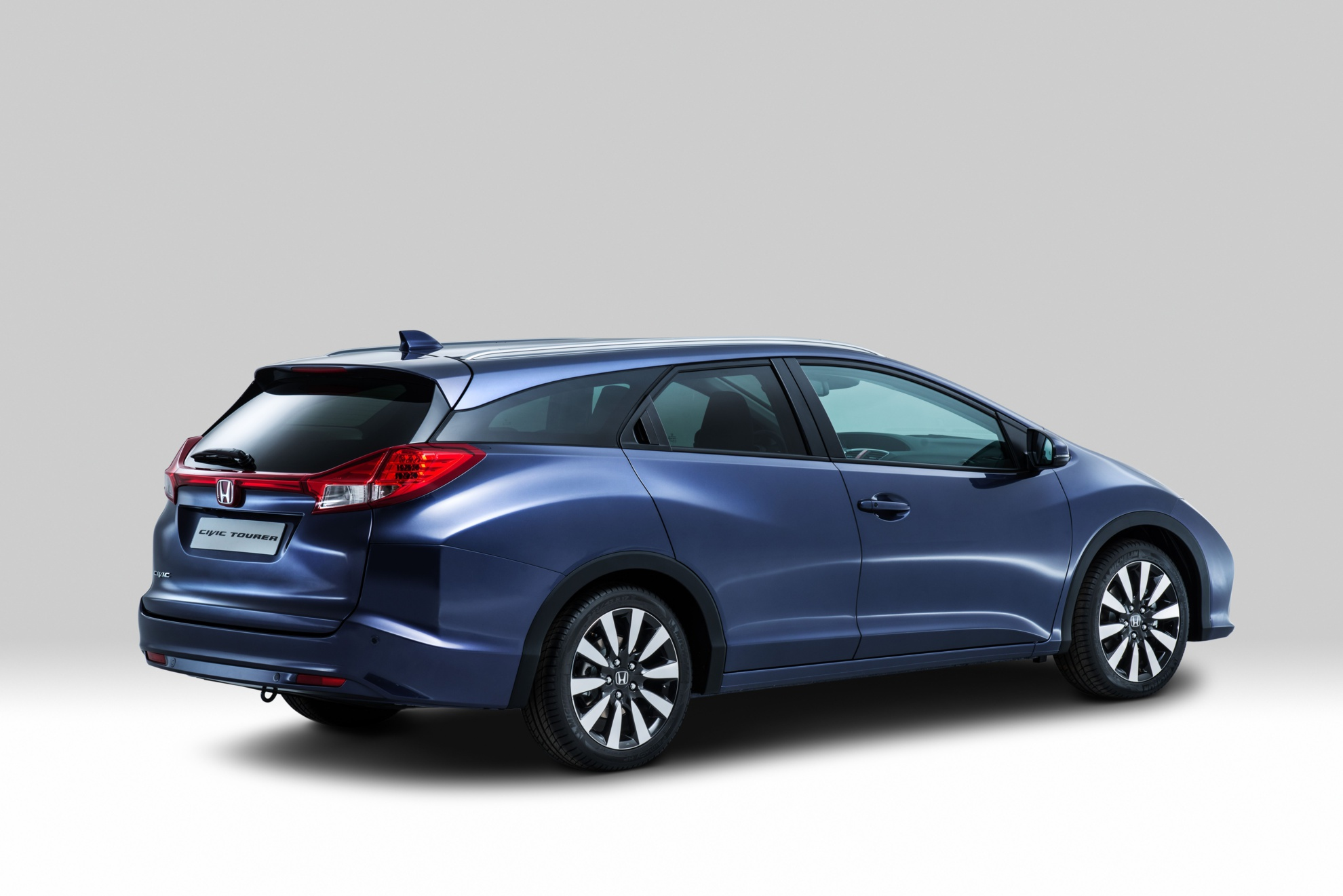 Honda-Civic-Tourer-10