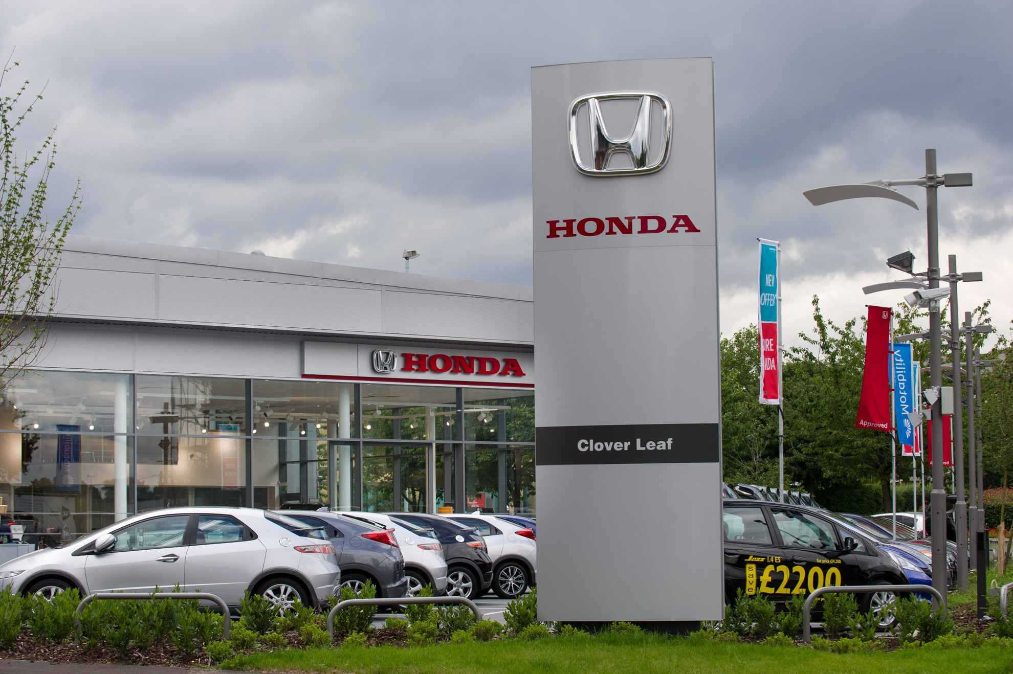 podium place for honda in jd power dealer satisfaction survey