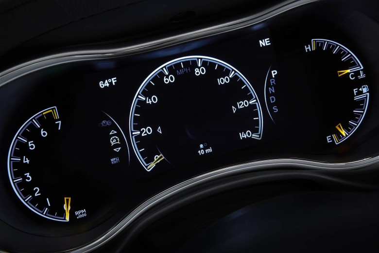 Jeep Grand Cherokee Controls